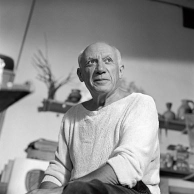 00_Edward_Quinn_Picasso_dans_son_atelier_Le_Fournas_1953_Photo_Edward_Quinn(c)edwardquinn.com