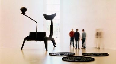 2.Hatoum-La-grande-broyeuse-Mouli-Julienne-x-17-1999-Photo-Wim-van-Neuten_MuHKA-Antwerpen-e1394061194368