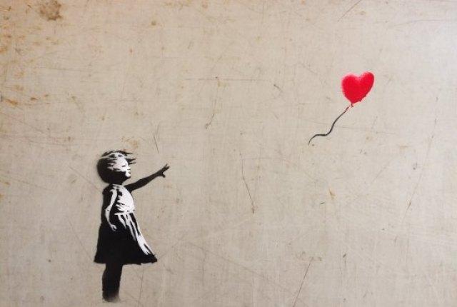 Banksy – Girl with balloon (2002)