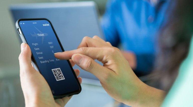 travel reservation on smartphone