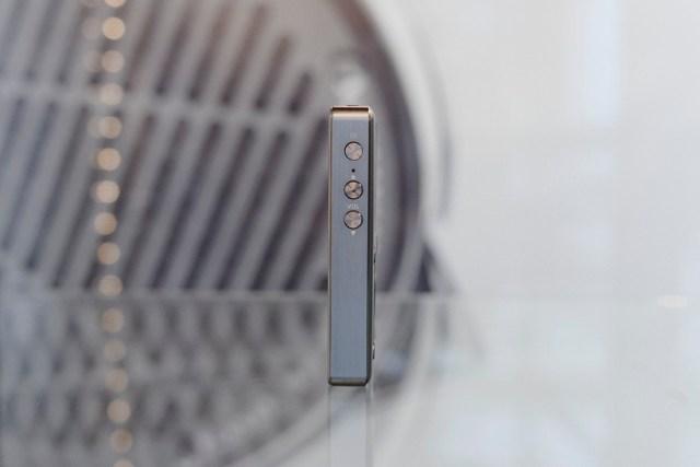 Un peu plus large que le FiiO X1, le FiiO X3ii reste l'un des appareils les plus compacts du marché