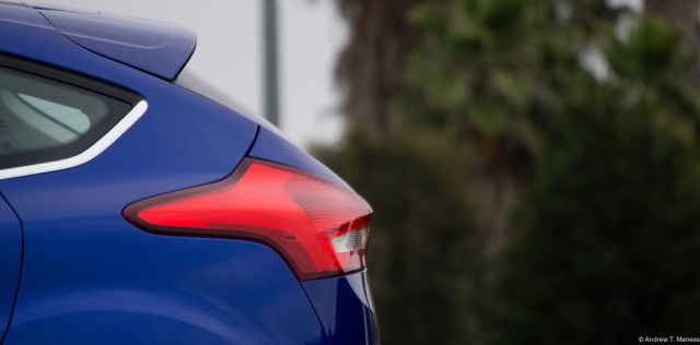 The tail end of a Dark Blue Ford Focus Hatchback