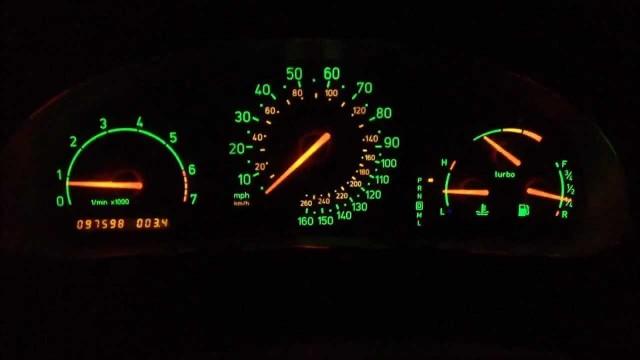 Saab 900 Turbo dash