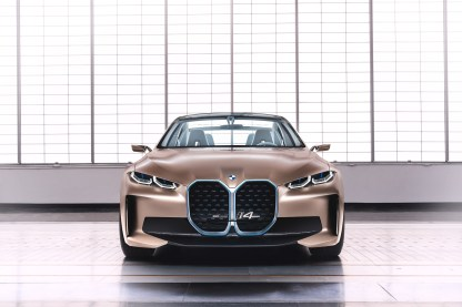 BMW-i4-concept-Geneve-2020-Avant2Go-Avant car-2