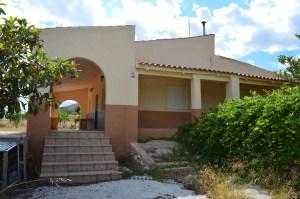 Casa de Campo en Sax, zona Peña Rubia