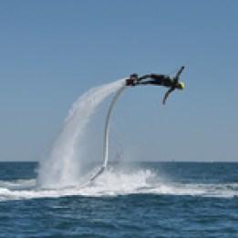 Top 20 activités insolites à Nice flyboard