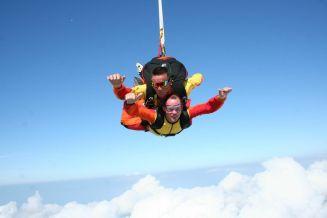 top activité insolite à annecy haute savoie parachutisme
