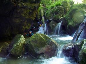 canyoning-activité-insolite-Lyon