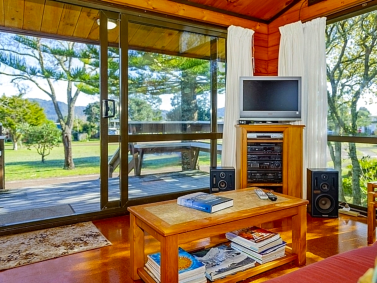 Gumhill Escape - Pauanui Holiday Home