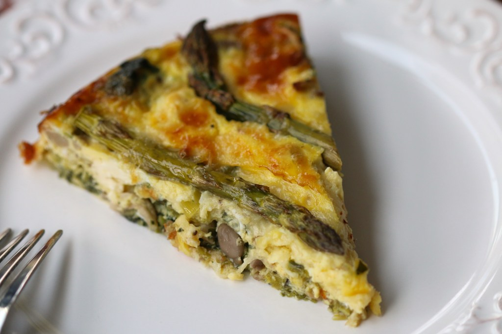 MushroomVeggieQuiche Crustless asparagus spring recipe