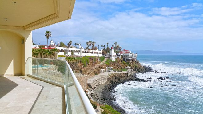 Condo Carrara For Sale in Las Olas Grand, Rosarito Beach