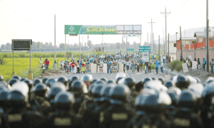 May 12-15, 2015: Strike and Road Blocks in Arequipa