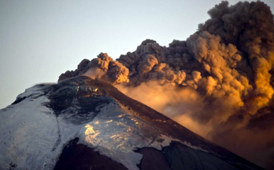 View of the Cotopaxi volcano spewing ashes after 138 years. (MARTIN BERNETTI/AFP/Getty Images)