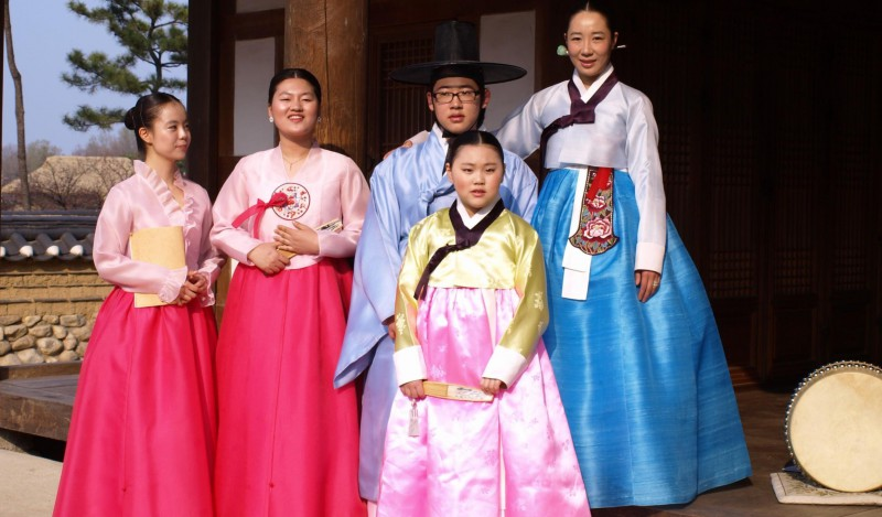 The traditional clothing worn with pride- Explore South Korea