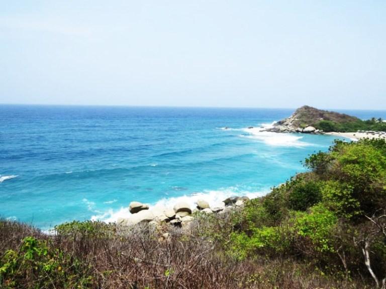 Green trees and blue seas in Tayrona National Park