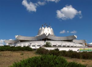 5 Soviet Circus Buildings You Should Travel To