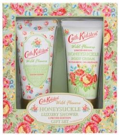 Cath Kidston Honeysuckle Luxury Shower Gift Set