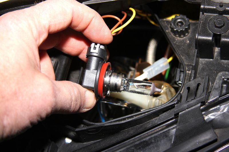 Bmw E90 Cornering Light Bulb Replacement