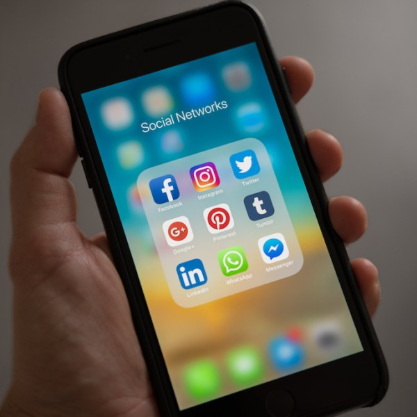 I Spent A Month Away From Social Media. Here's What I Learned.
