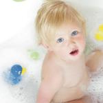 La hora del baño: Diferentes bañeras y accesorios para tu bebé