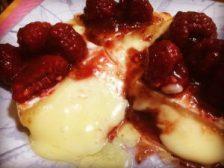 formaggio al barbecue con placca al cedro weber