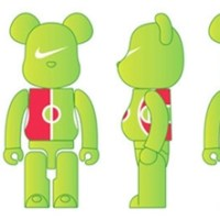 PLAY GROUND DESIGN PROJECT 100% ベアブリック(BE@RBRICK)[情報]