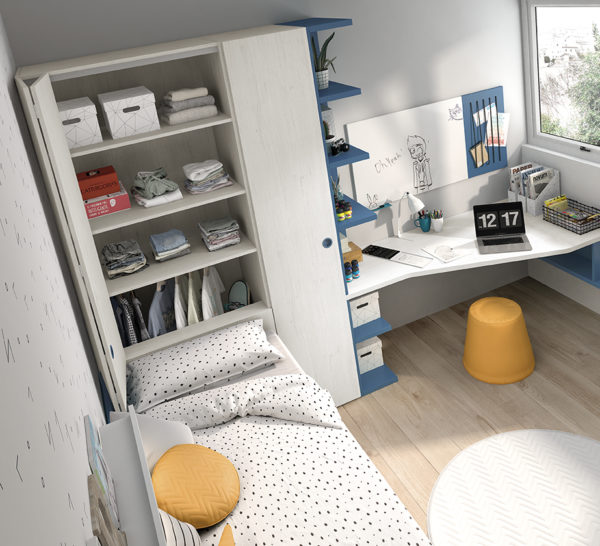 escritorio con soportes libreria