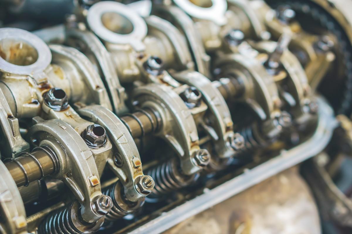 Condicionadores de metal realmente aumentam a vida útil, potência e economia do motor?