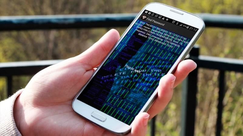 Resultado de imagem para celular hackeado