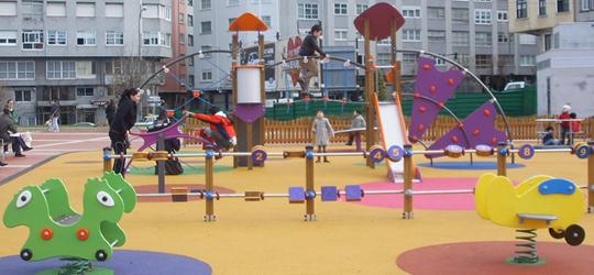 Juegos infantiles BENITO URBAN en el Parque Os Mariñeiros, A Coruña