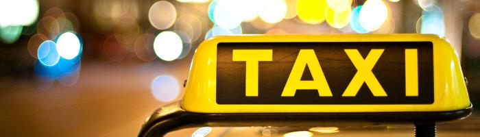 Abús del taxi als viatges institucionals?