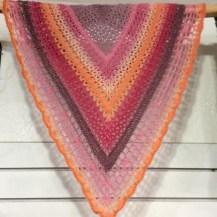 jgl0ver's Juliette Shawl http://www.ravelry.com/projects/jgl0ver/juliette-shawl