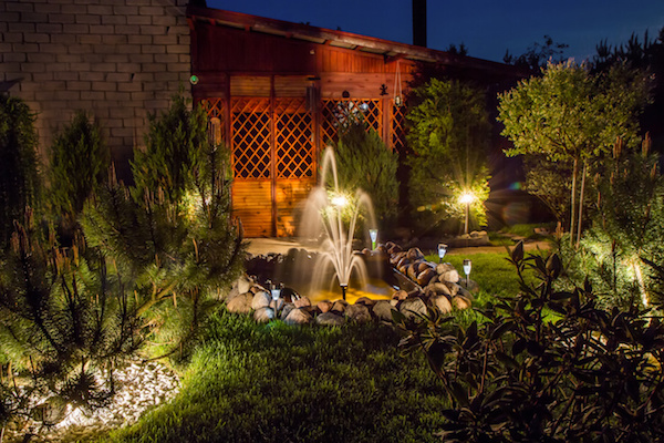 Lighting Ideas to Make Your Yard More Inviting