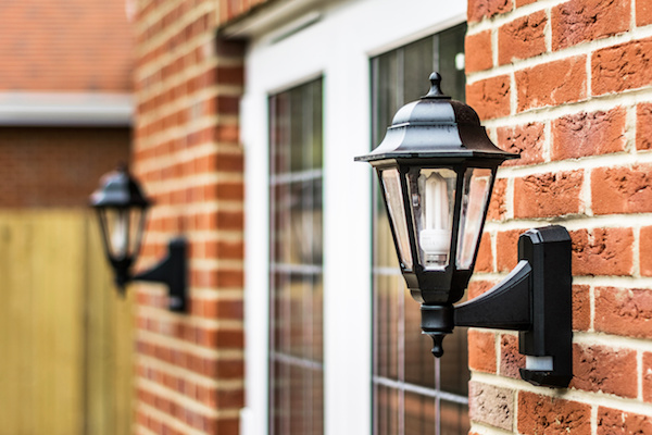 What's the Difference Between Commercial, Industrial and Residential Lighting?