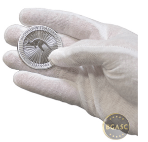 Cotton glove with silver kangaroo