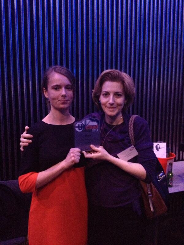 Ioana and Valentina accept the UK Cloud Award for newcomer of the year