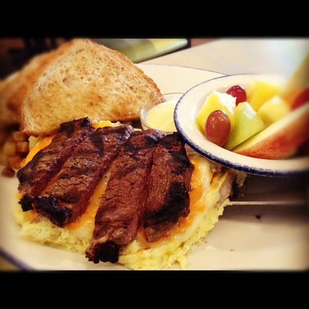 Mmm my #steak #omelette looks so #delicioso! - from Instagram