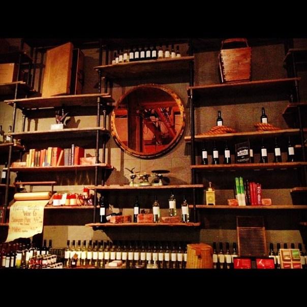 It's a great wall #decoration idea! #FoodTalksVan @VanUrbanWinery - from Instagram