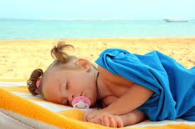 bimba spiaggia