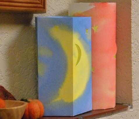 lanterne con fogli di carta