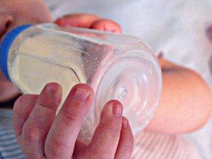 biberon neonato