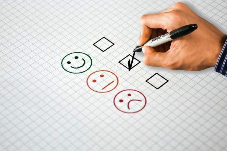 pesquisa de satisfação assinalada como regular.