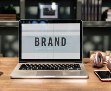 """Notebook escrito """"brand"""""""