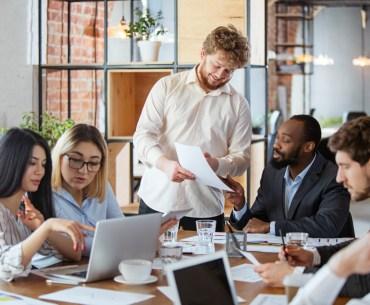 empresa aplicando os pilares customer experience