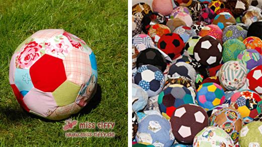 Der Tiffy-Fußball für Afrika und ein Teil der 500 eingesandte Bälle