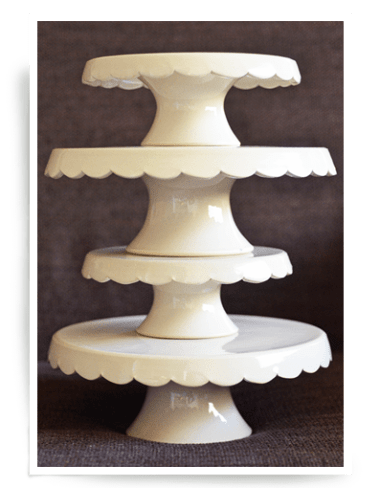 cream-cake-stand-w-waves-underneath-2-01