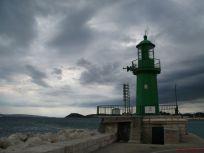 Svjetionik na kraju grada