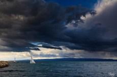 Jedrilica na nemirnom moru, Zenta, Split, Hrvatska