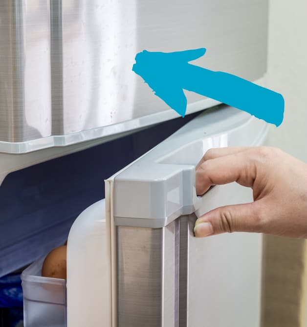 how to clean fridge