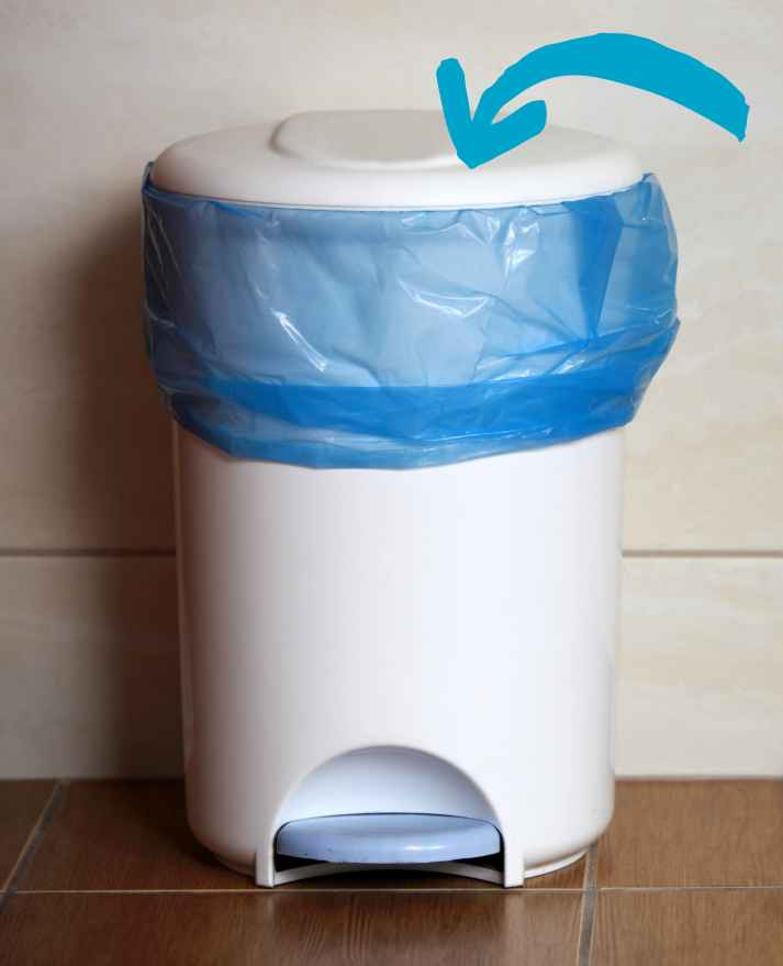 How to clean trashcan